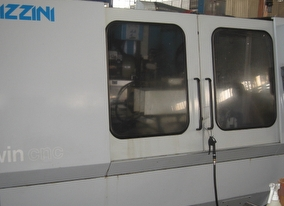 dealer Rectifieuse LIZZINI TWIN CNC utilisé